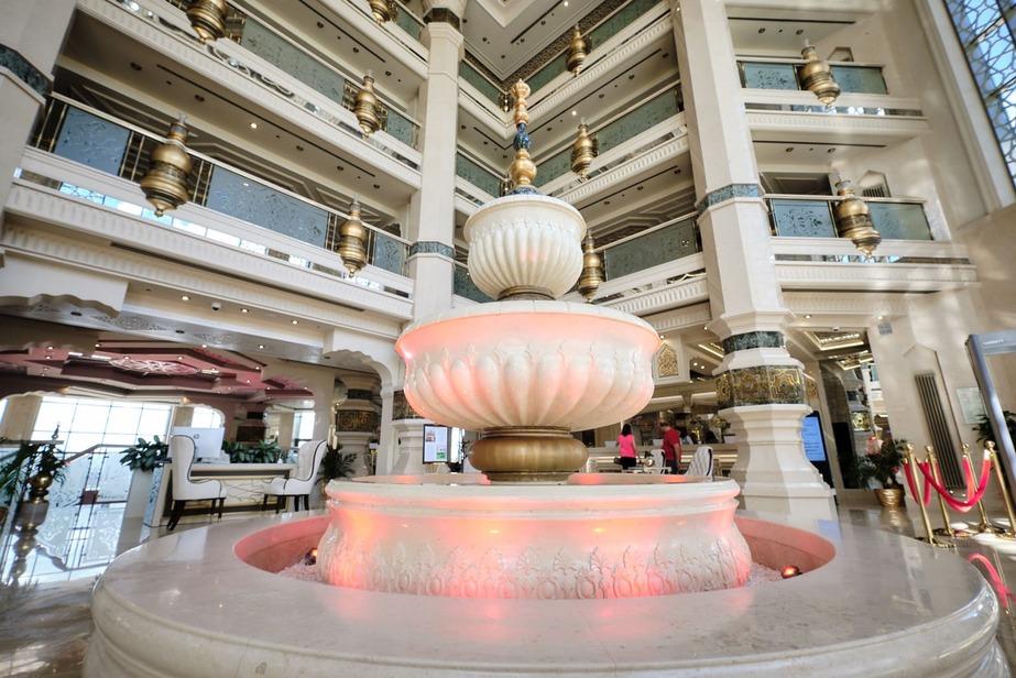 Классический фонтан Кол Гали